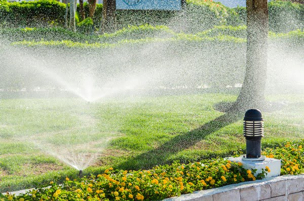 irrigation system and sprinklers contractor spokane